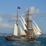 Tres Hombres arrives in Douarnenez